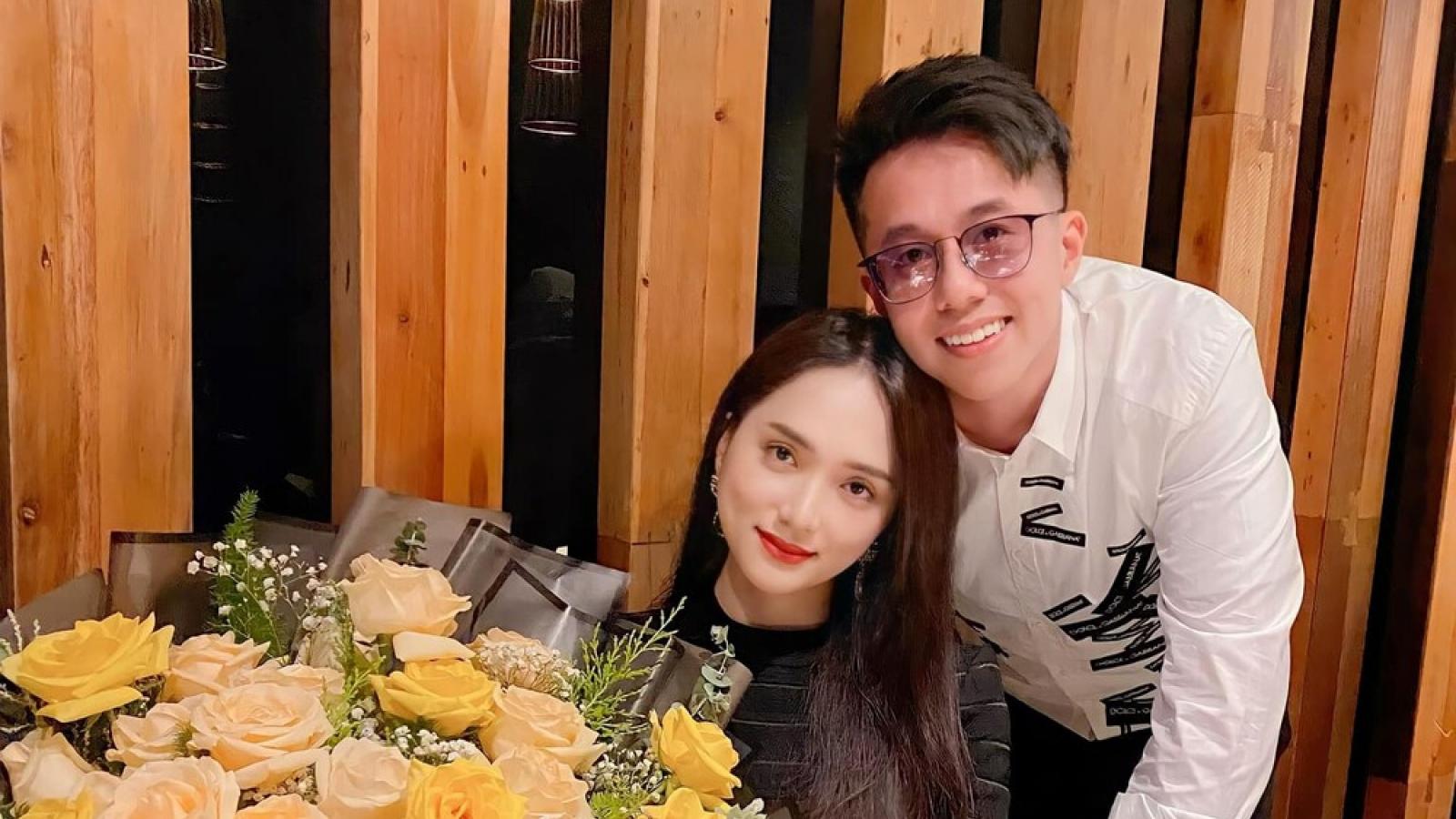 """Chuyện showbiz: Hương Giang mừng sinh nhật bên bạn trai CEO nhưng vẫn bị antifan """"cà khịa"""""""