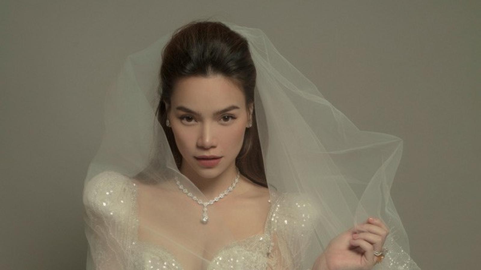 """Chuyện showbiz: Hồ Ngọc Hà mặc váy cưới lộng lẫy, nhan sắc ngày càng """"lên hương"""""""