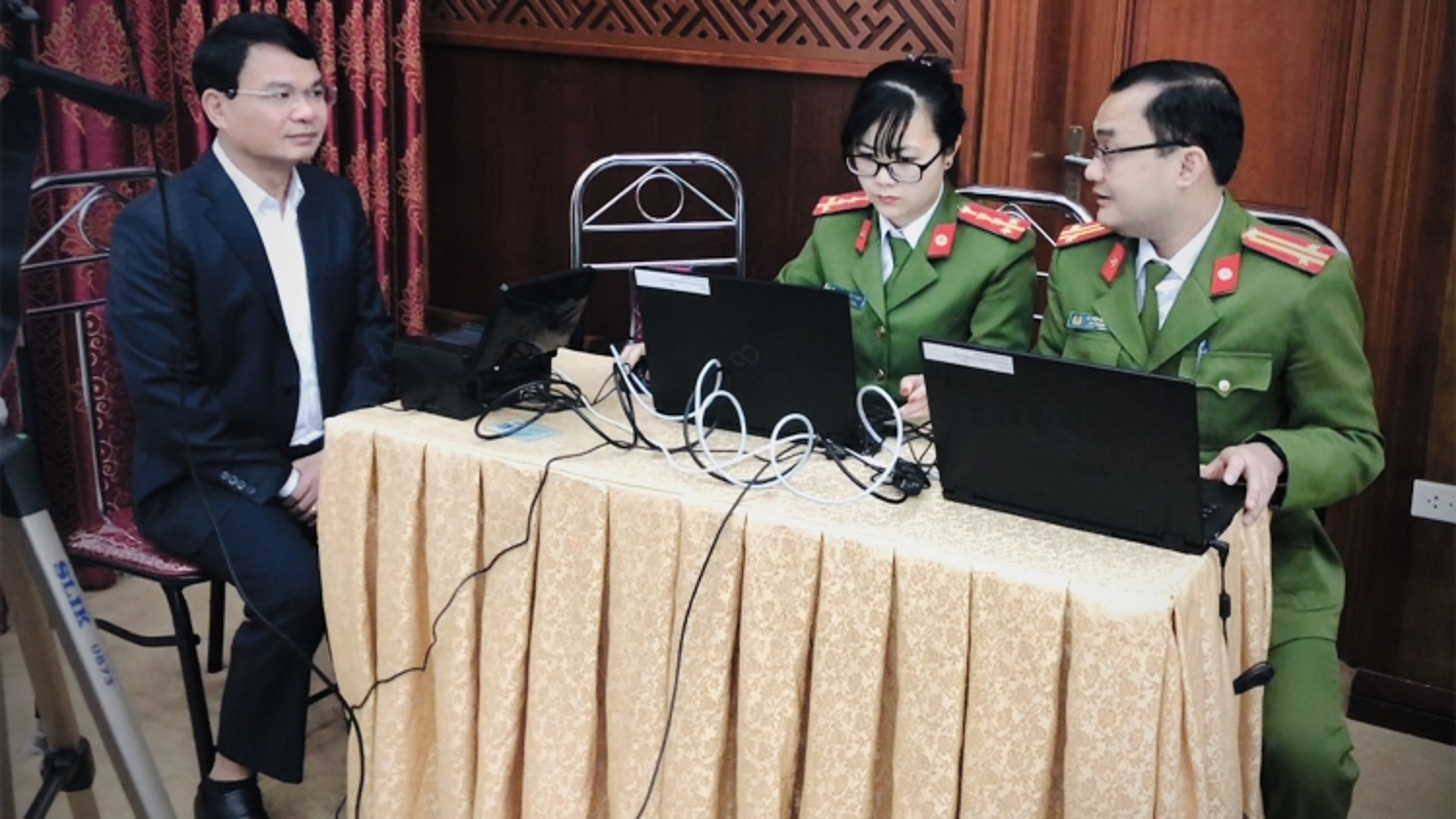 Thí điểm cấp Căn cước công dân cho lãnh đạo tỉnh Lào Cai