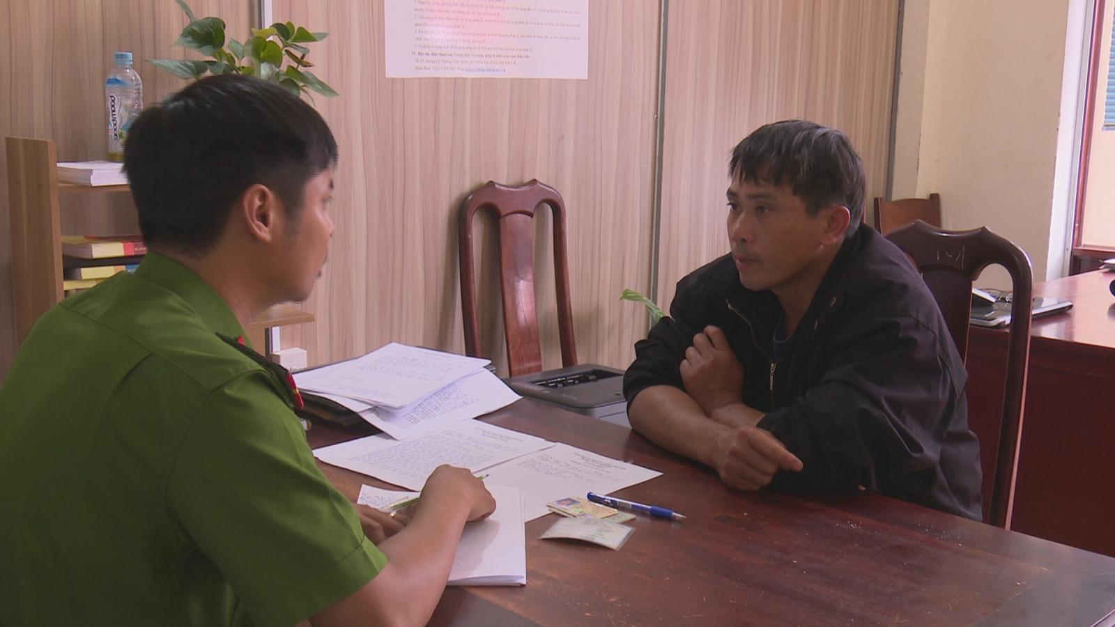 Xử lý hai đối tượng có hành vi chống người thi hành công vụ tại Đắk Lắk