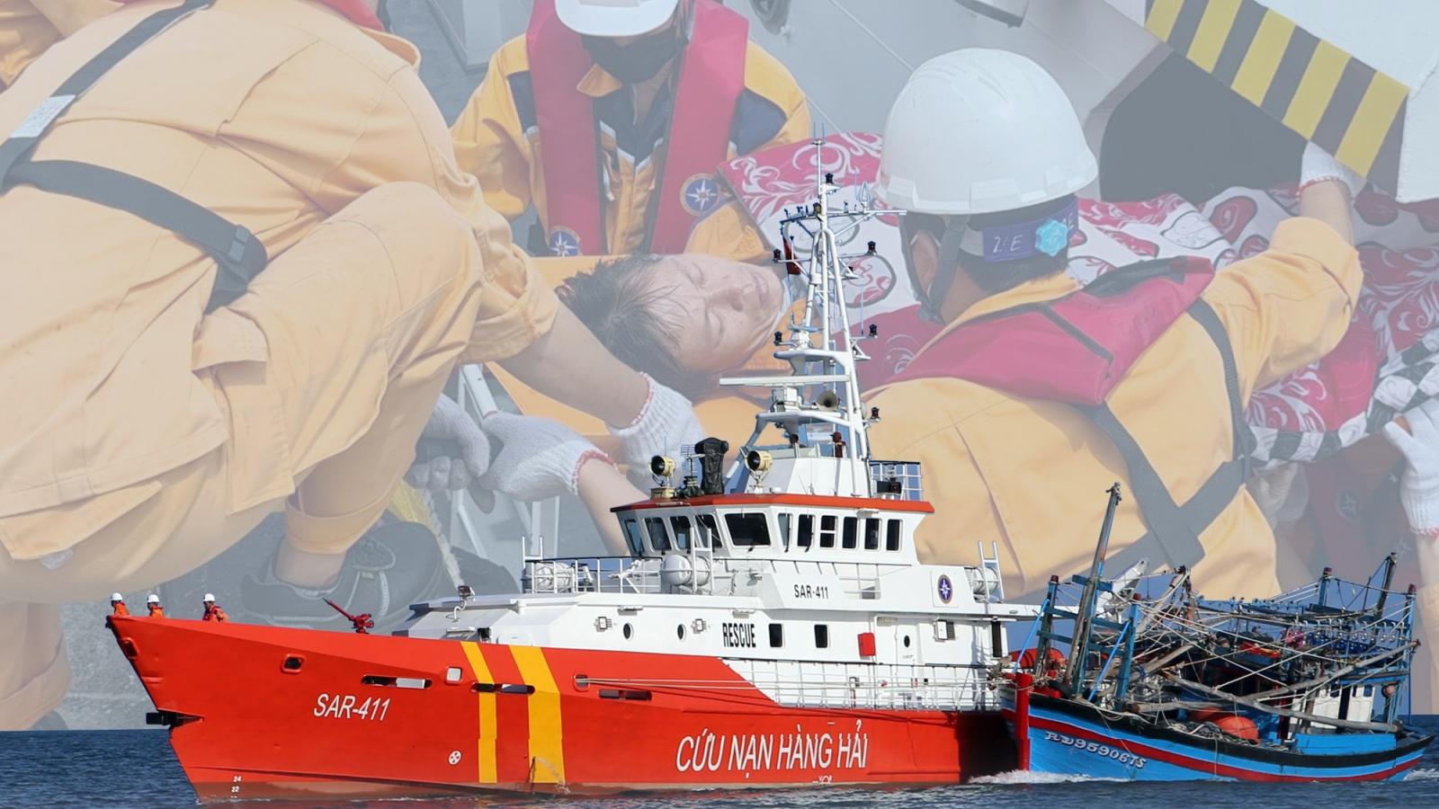 Chuyện những người vượt biển đi cứu người