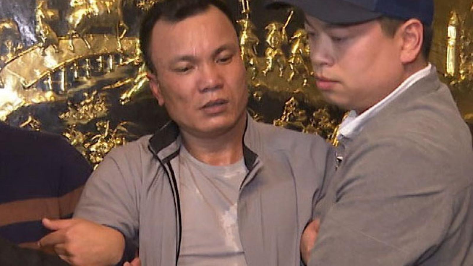 """Tạm giữ hình sự trùm """"bảo kê"""" xe khách ở Thái Bình"""