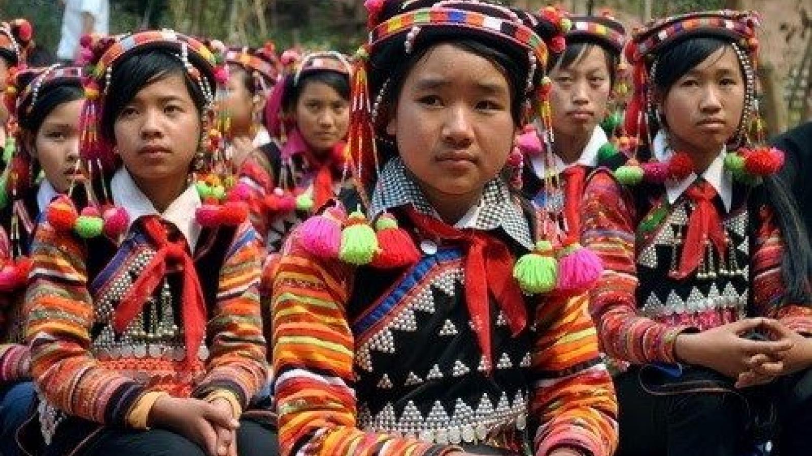 Tăng thêm 1 bậc, Chỉ số phát triển con người của Việt Nam nói lên điều gì?