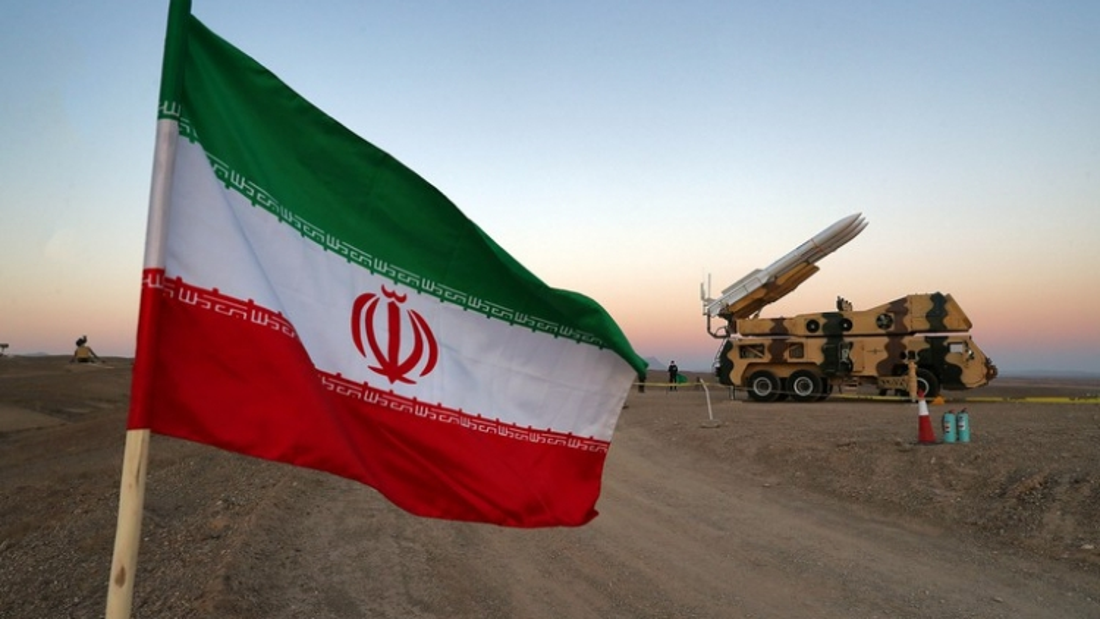 """Iran cảnh báo Mỹ, Israel không vượt qua """"giới hạn đỏ"""" ở vùng Vịnh"""