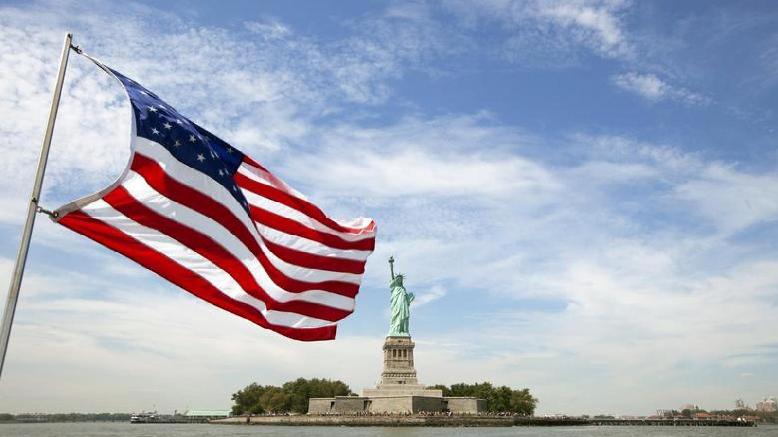 Năm 2020 đầy biến động của nước Mỹ và những trắc trở phía trước