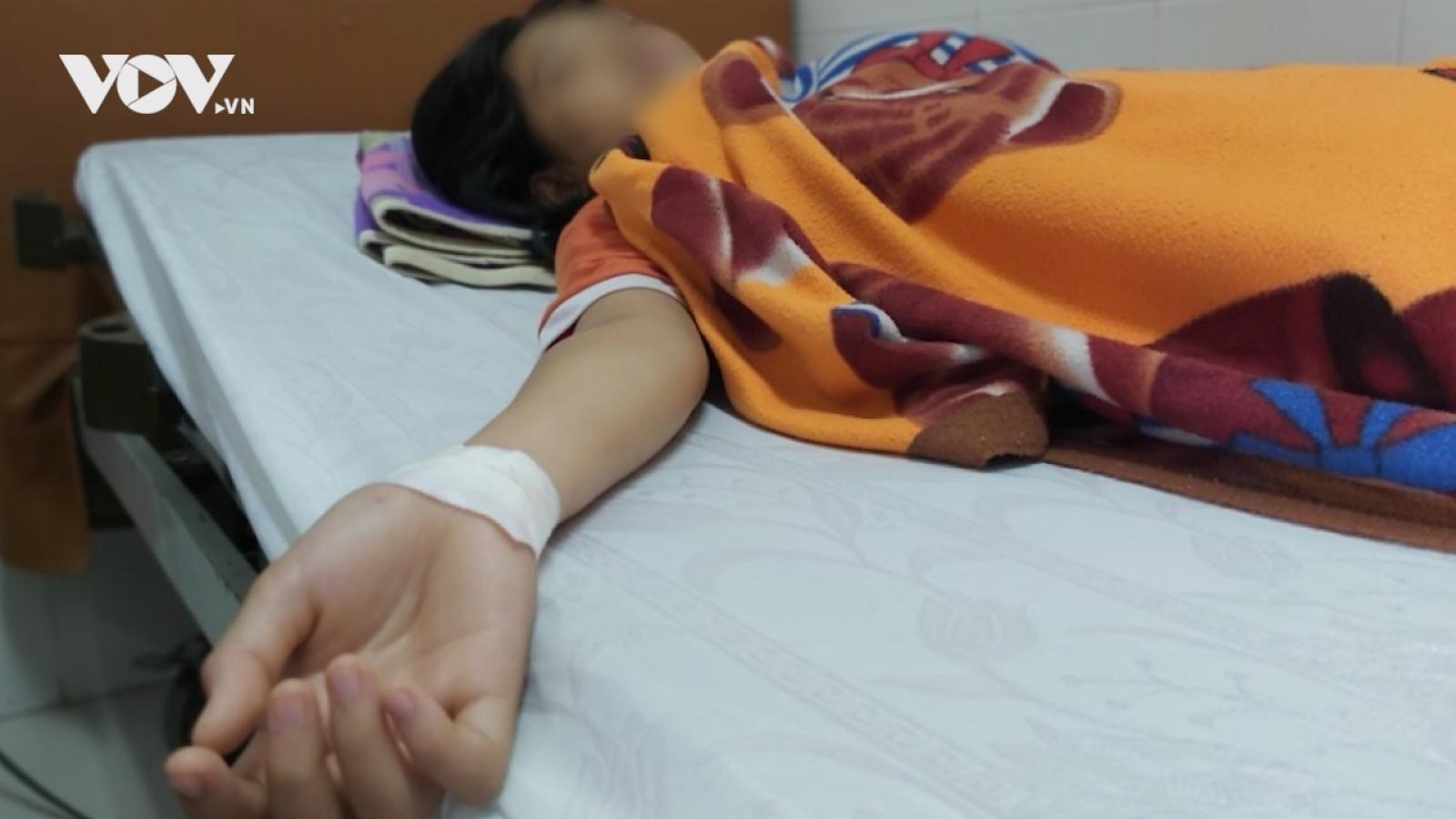 Nóng 24h: Thêm một vụ nữ sinh bị hành hung sau va chạm giao thông