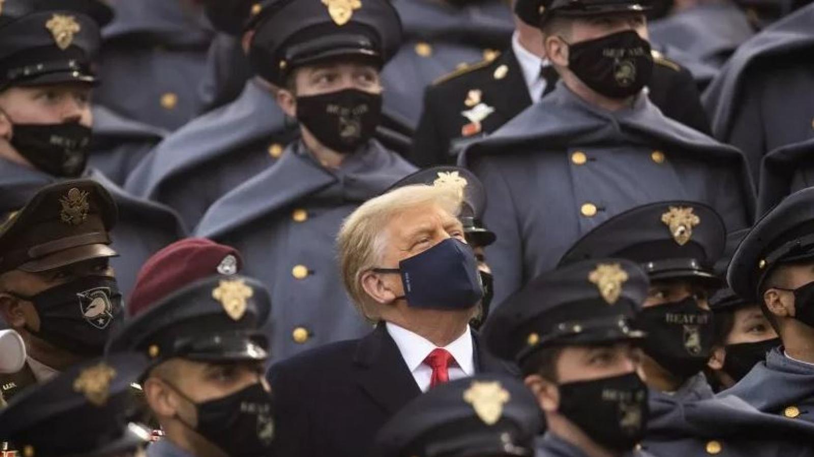 Lo ngại Trump thiết quân luật đảo chiều bầu cử, Lầu Năm Góc đưa ra cảnh báo đỏ