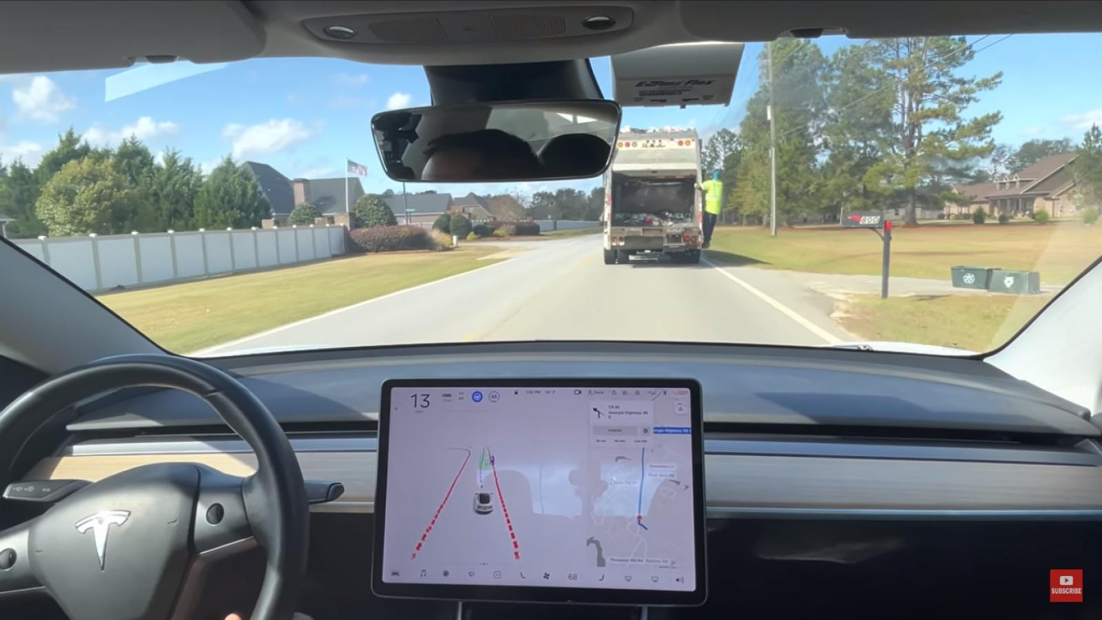 Thử nghiệm tính năng tự lái trên Tesla Model 3