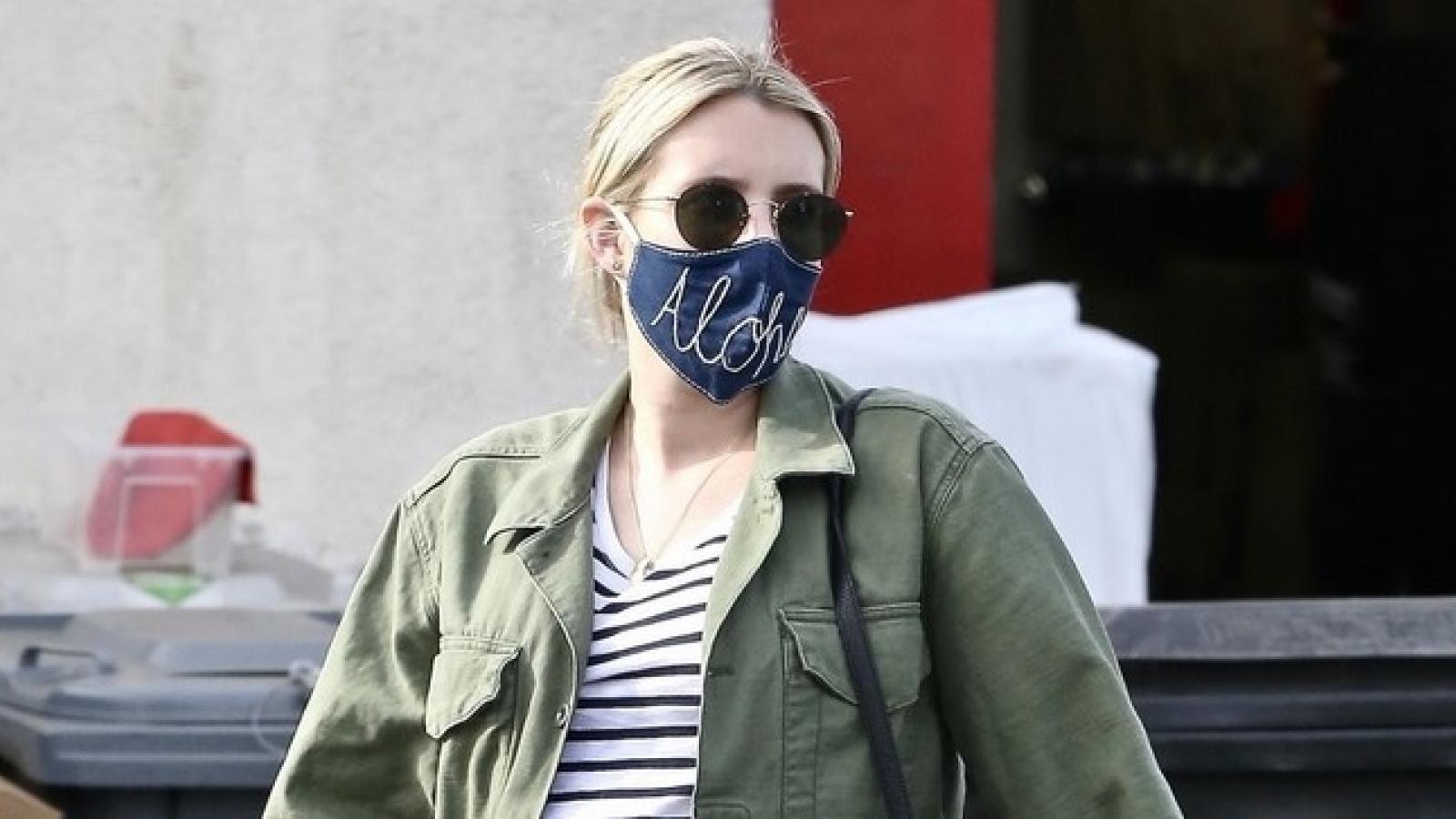 Emma Roberts tranh thủ ra phố sắm đồ trước khi sinh