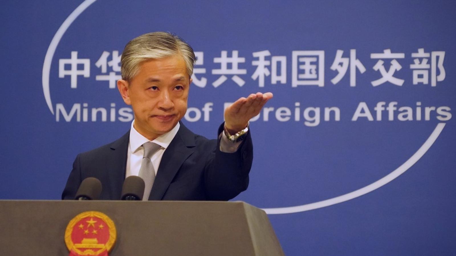 Trung Quốc phản ứng trước thông tin Mỹ tiếp tục cấm vận thêm 80 công ty Trung Quốc