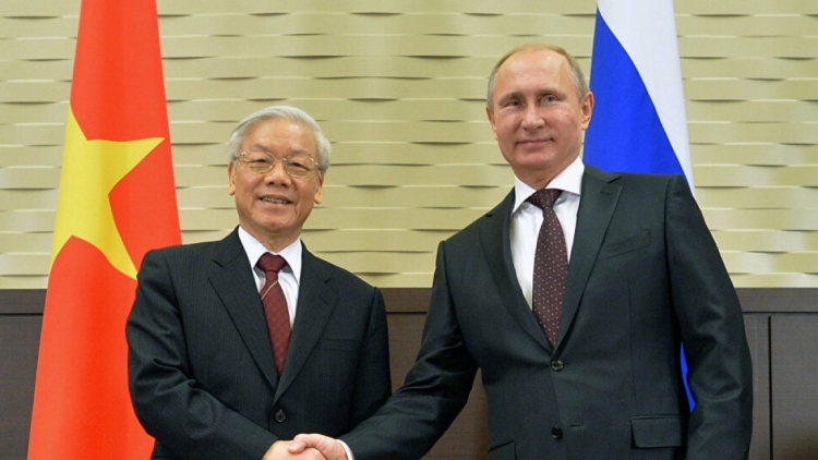 President Putin sends New Year greetings to VN leader
