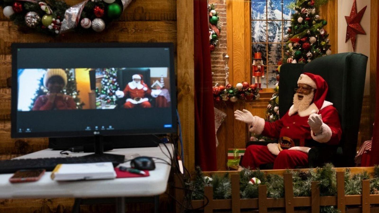Giáng sinh thời Covid: Ông già Noel trực tuyến, bữa tối qua Zoom