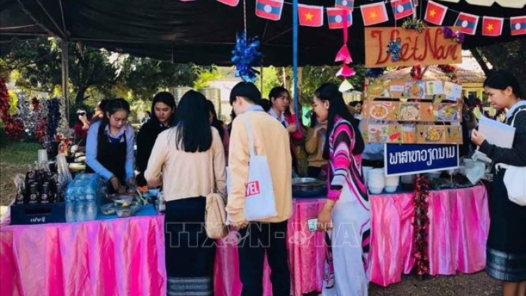 Vietnamese culinary culture introduced in Laos