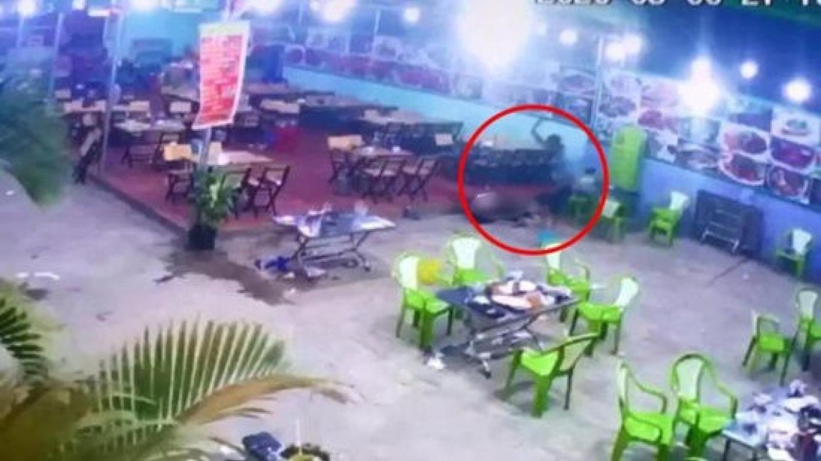 Đi ăn đêm, một thanh niên bất ngờ bị chém tử vong