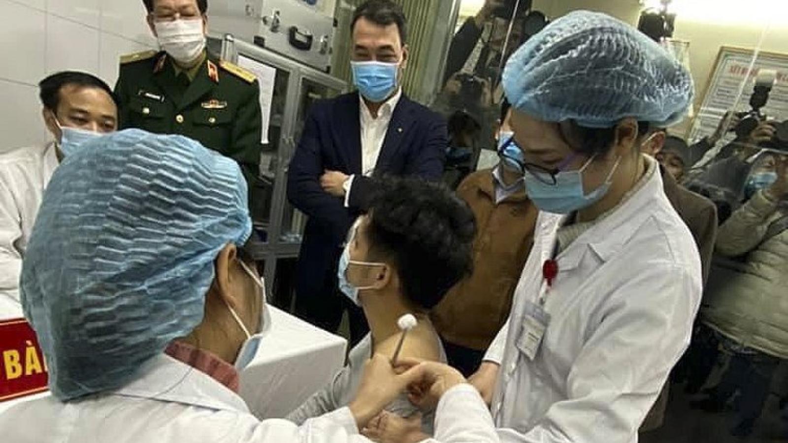 Buổi tiêm thử nghiệm vaccine Covid-19 Việt Nam diễn ra an toàn
