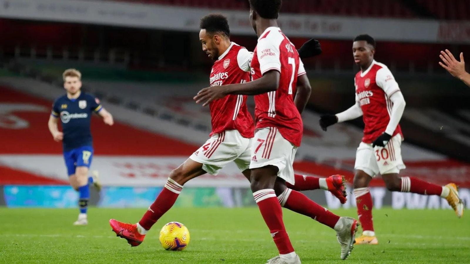 Aubameyang giải cơn khát bàn thắng, Arsenal vẫn không có 3 điểm