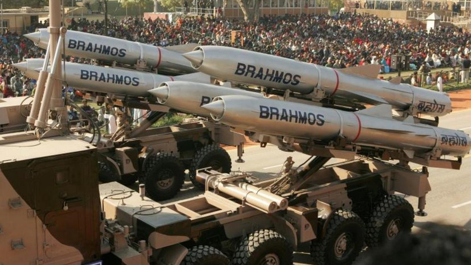 Ấn Độ thử thành công tên lửa hành trình siêu thanh BrahMos phiên bản chống tàu
