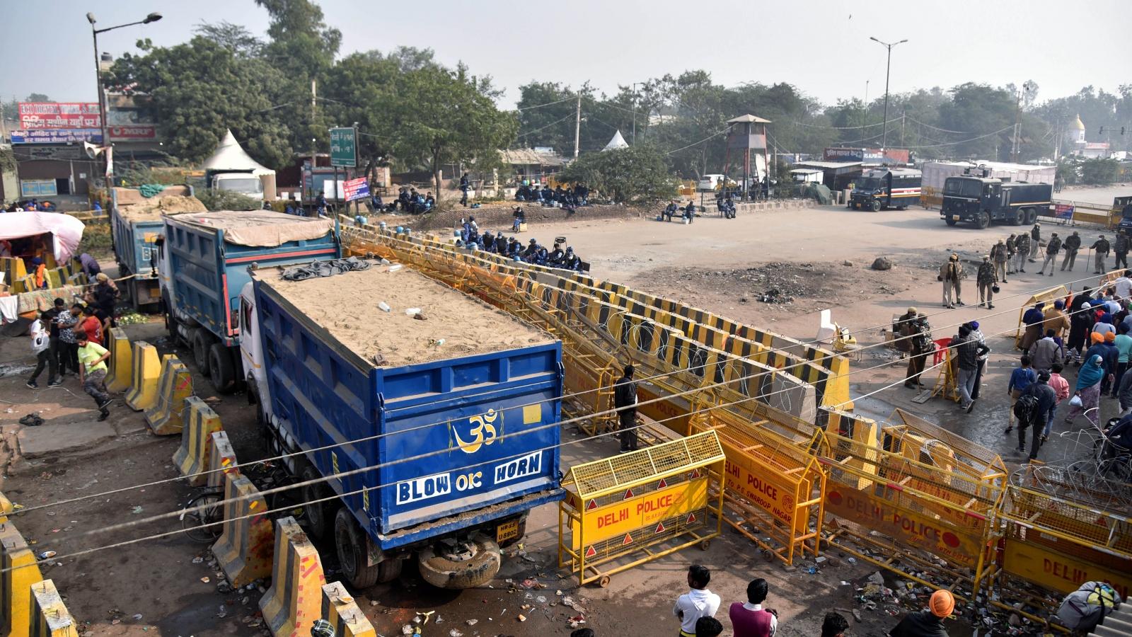 Thủ đô New Delhi (Ấn Độ) bị phong tỏa vì biểu tình của nông dân