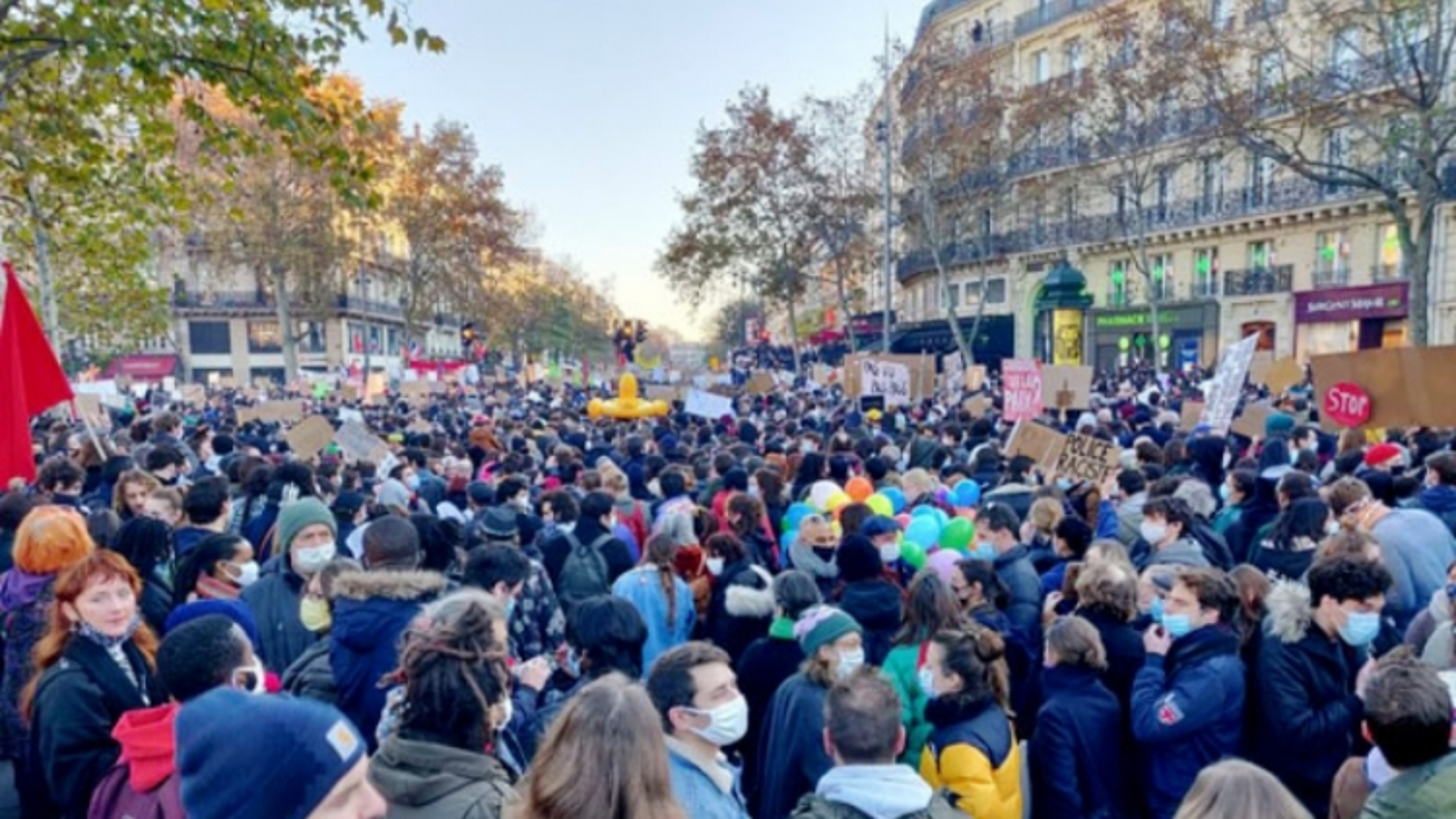 Hàng chục nghìn người tiếp tục biểu tình phản đối dự luật an ninh tại Pháp