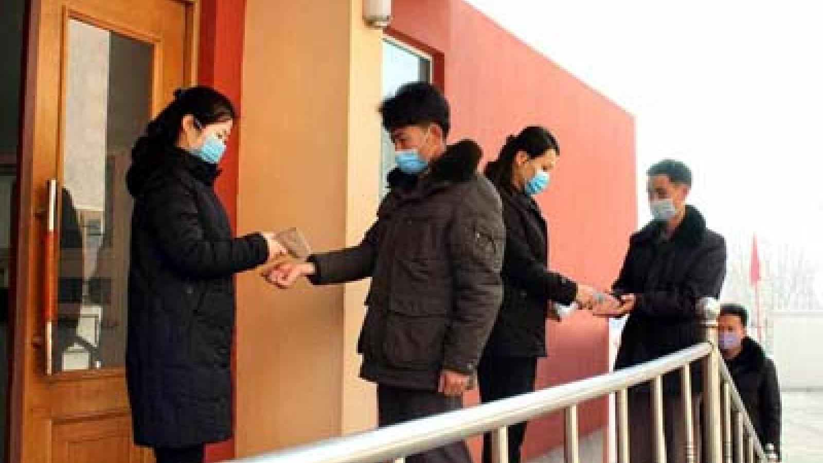 Thủ đô Bình Nhưỡng của Triều Tiên siết chặt công tác phòng chống dịch Covid-19