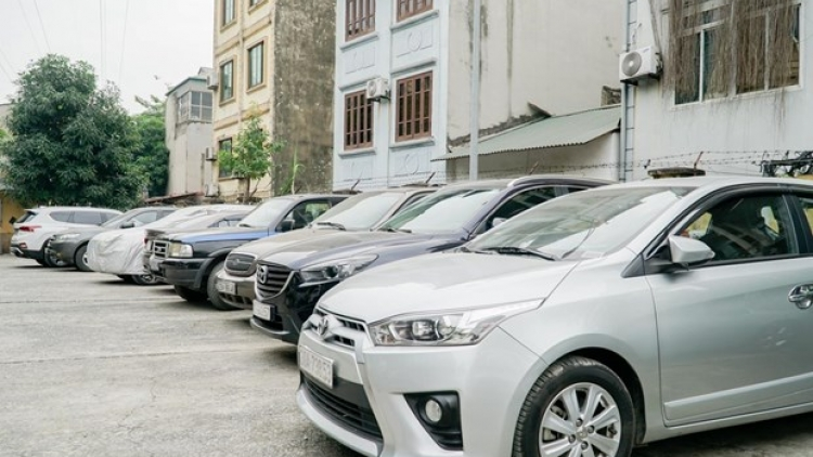 Car imports down in November