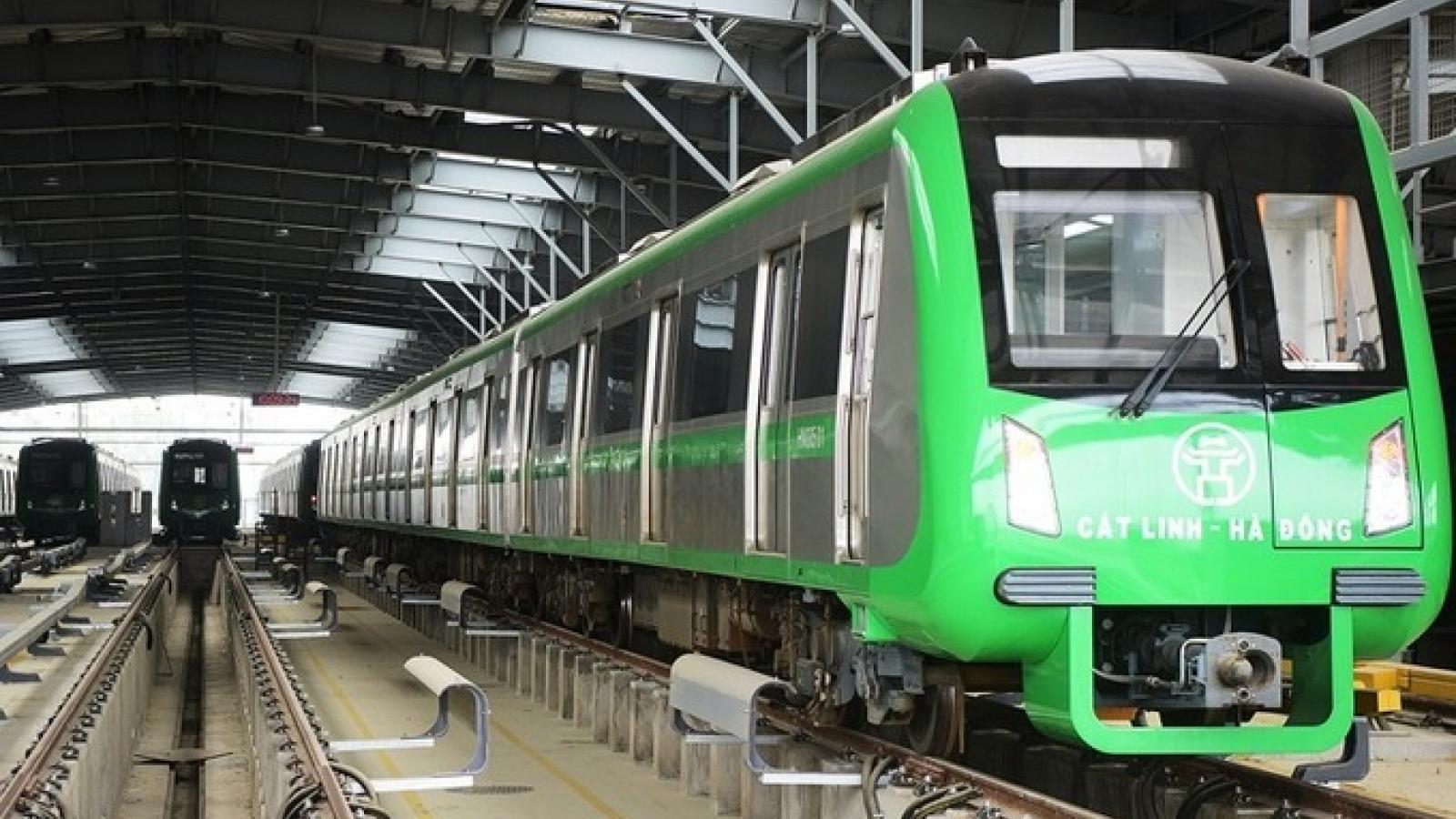 Hành khách làm thế nào để mua vé đi tàu điện tuyến Cát Linh-Hà Đông?
