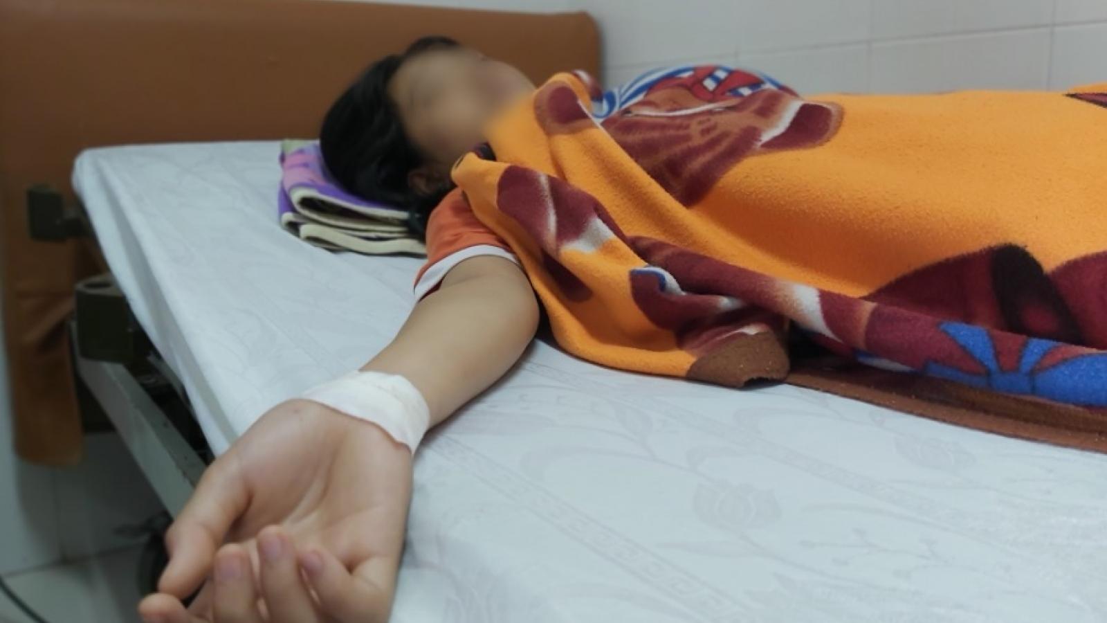 Vụ nữ sinh lớp 7 bị hành hung ở Tây Ninh: Nguyên nhân va chạm do người phụ nữ sang đường