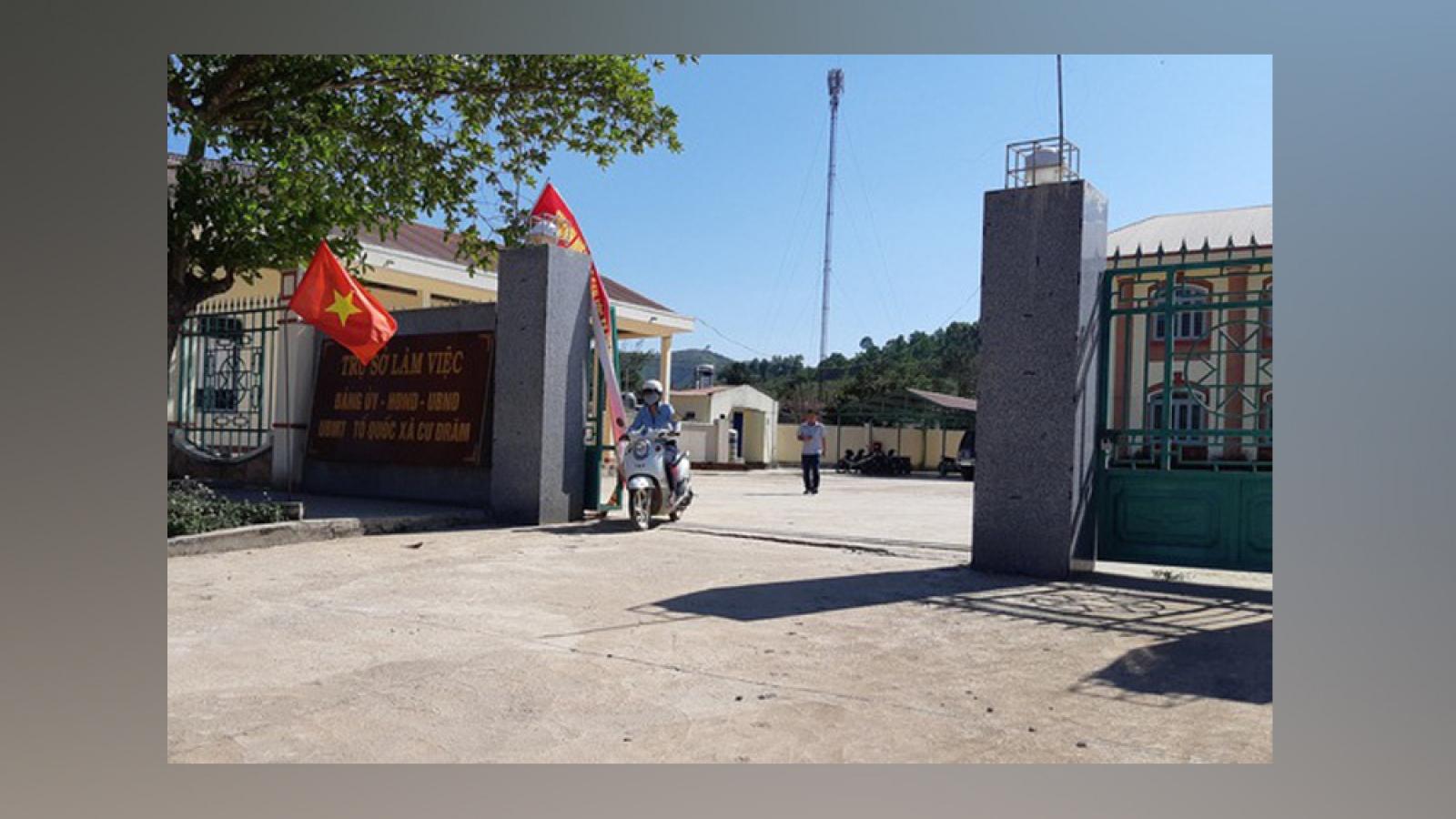 Bắt giữ nguyên chủ tịch xã ở Đắk Lắkvì tự ý bán gỗ tang vật