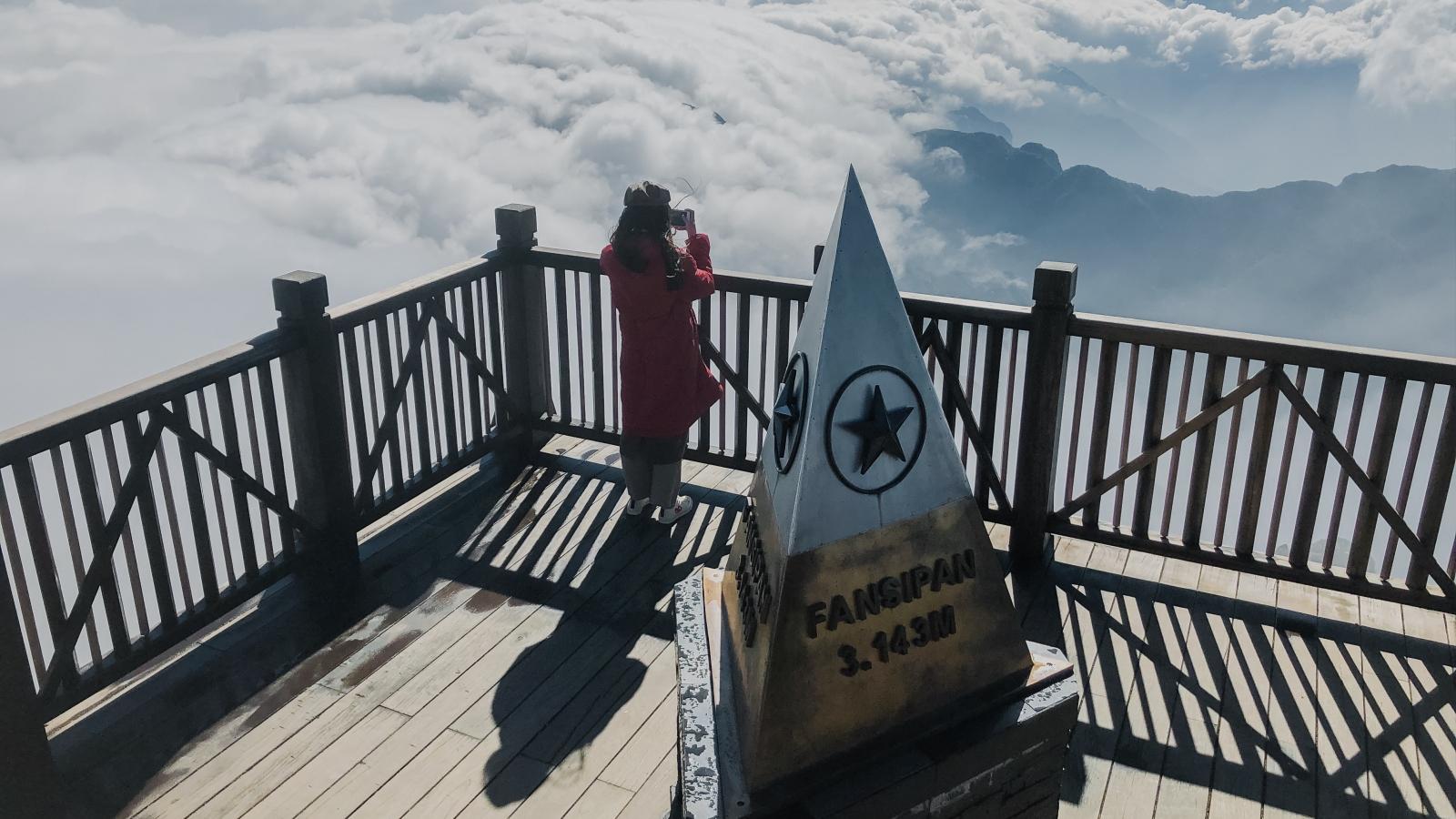 Choáng ngợp trước vẻ đẹp thiên nhiên vi diệu trên đỉnh Fansipan