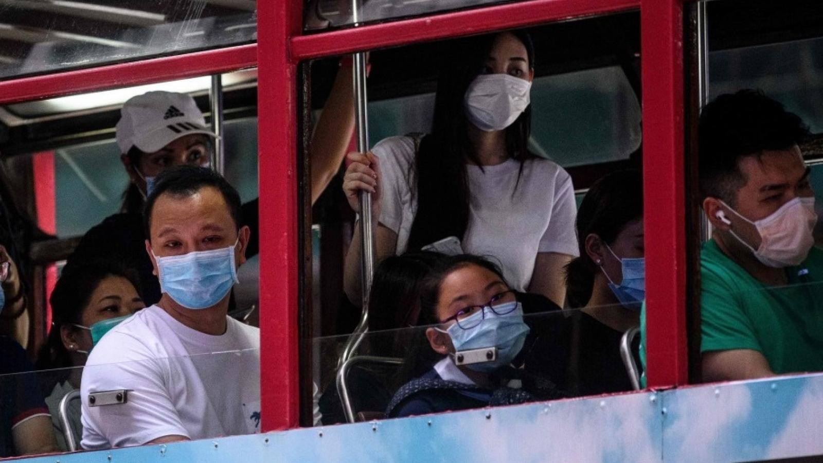 Hong Kong (Trung Quốc) kéo dài quy định giãn cách qua năm mới 2021