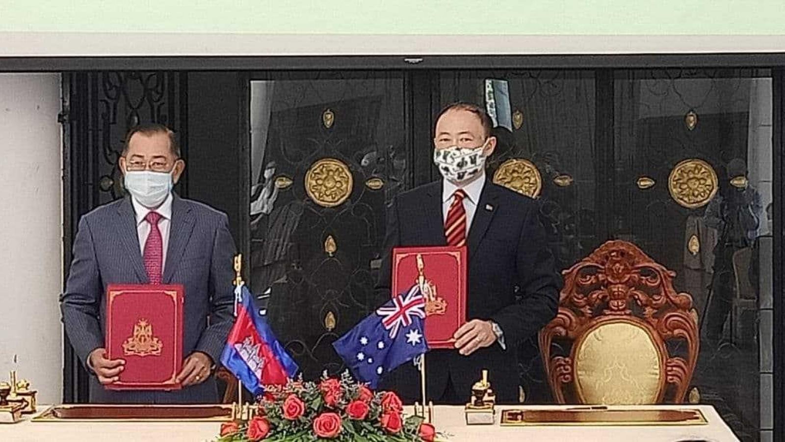 Australia viện trợ 85 triệu USD giúp Campuchia khắc phục hậu quả dịch bệnh