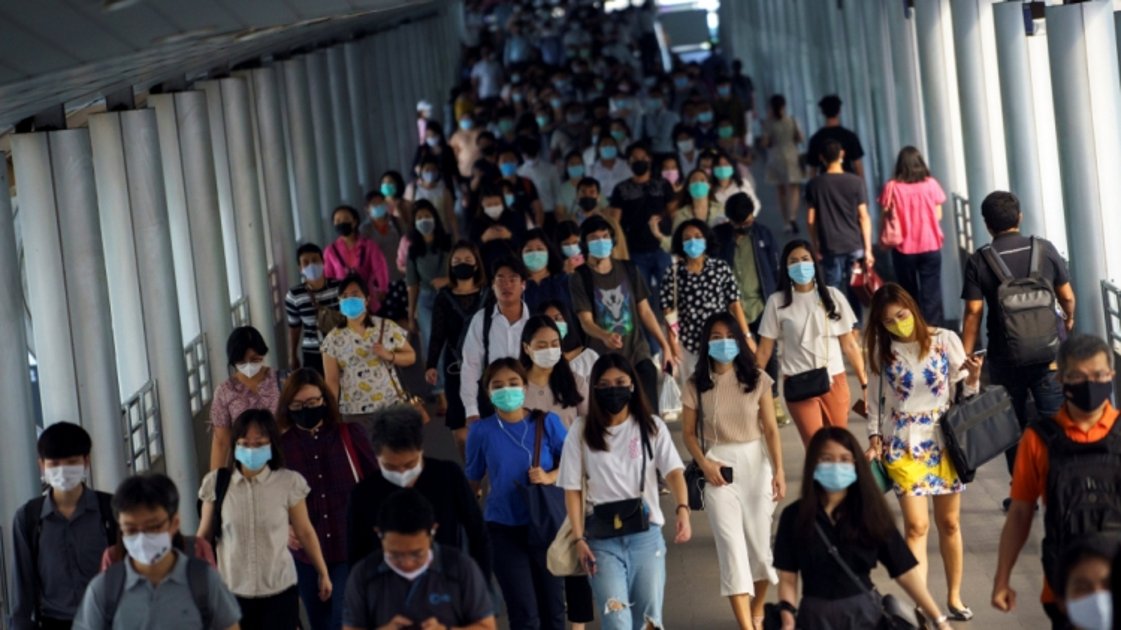 Đa số người dân Thái Lan muốn tiêm vaccine Covid-19