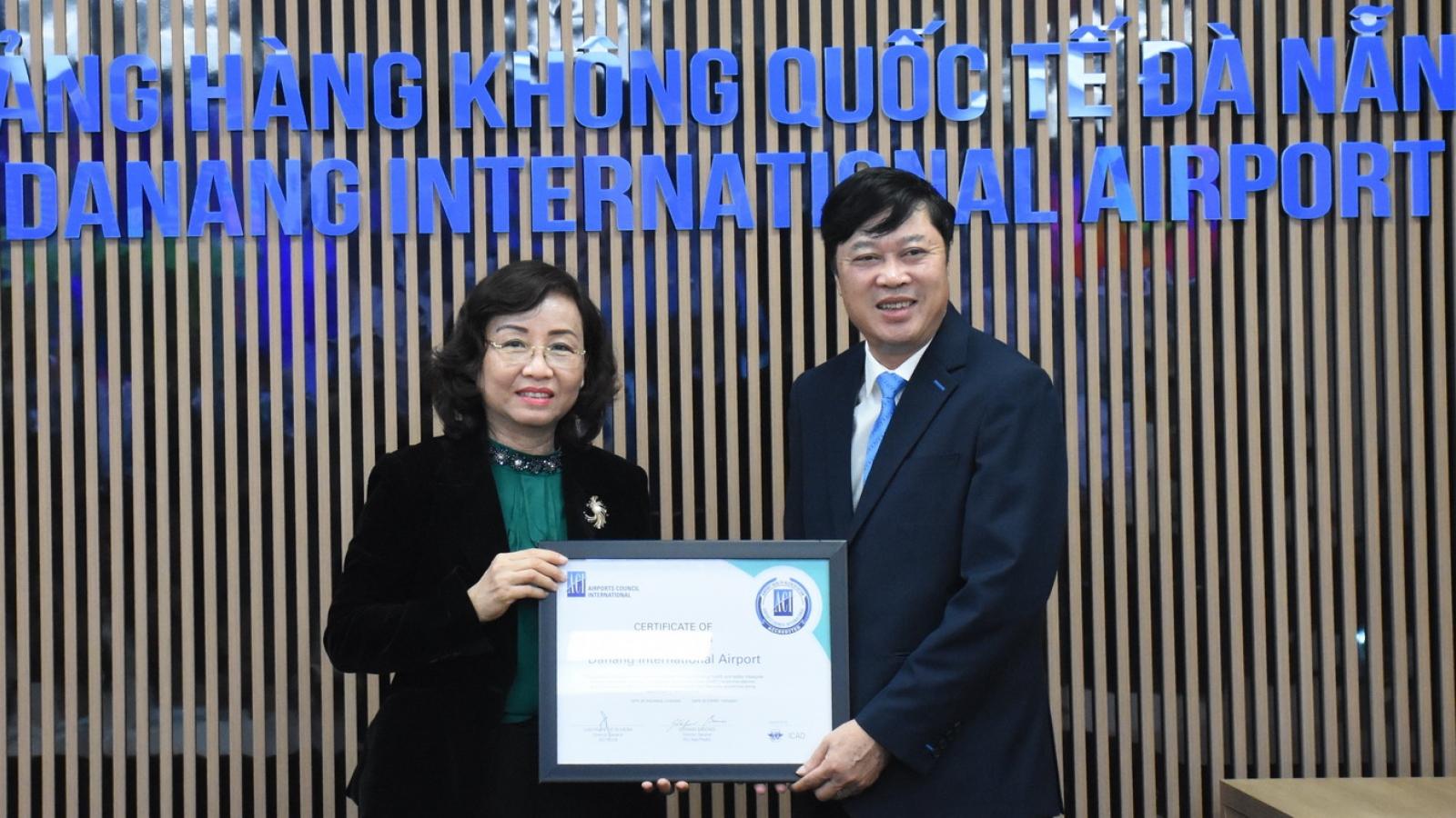 Cảng Hàng không quốc tế Đà Nẵng được cấp chứng nhận Kiểm chuẩn y tế sân bay