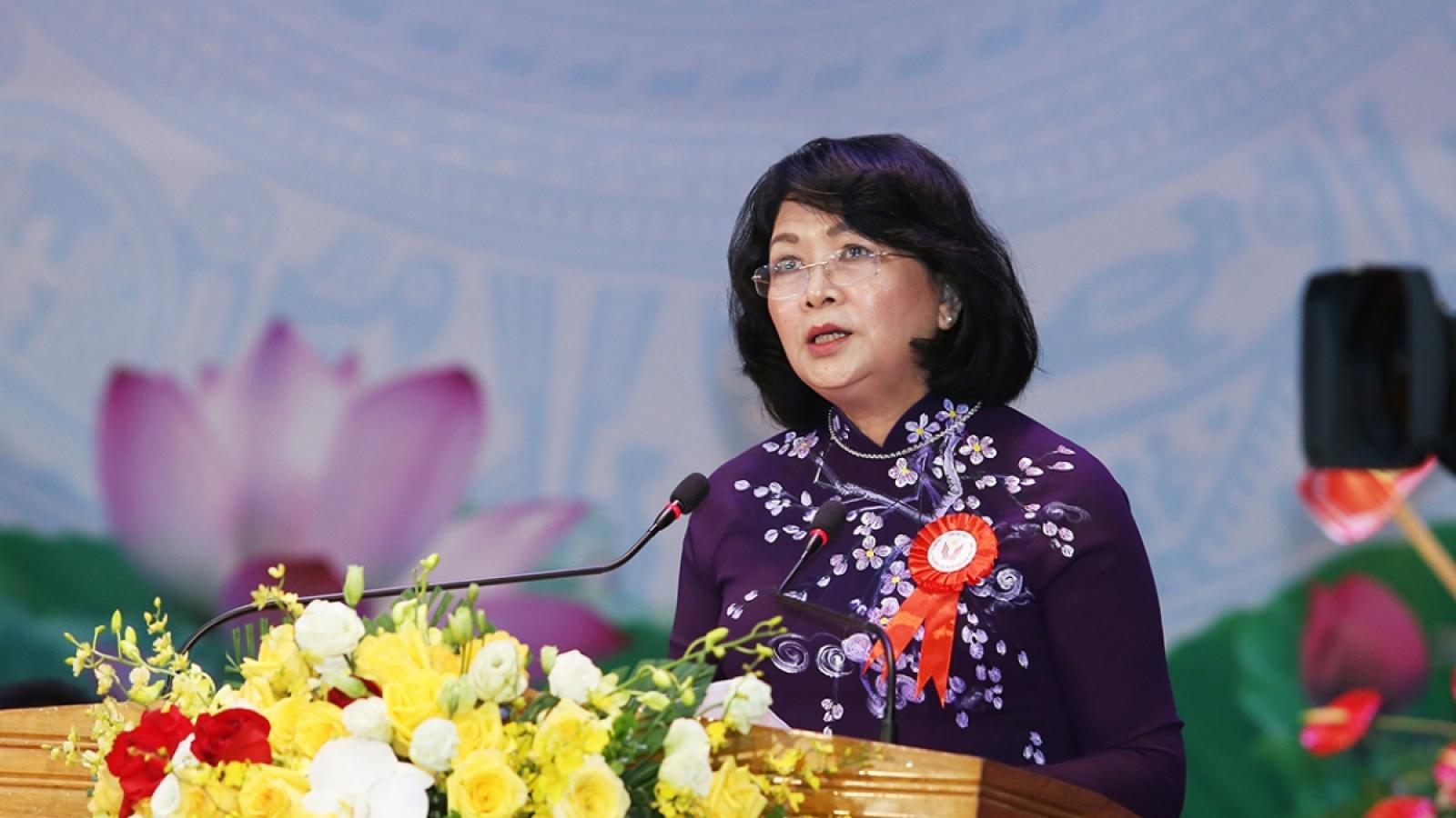Phó Chủ tịch nước trao danh hiệu Anh hùng Lao động thời kỳ đổi mới cho SSI