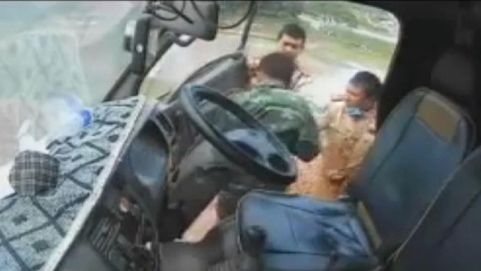 Bắc Giang làm rõ vi phạm, xử lý nghiêm 3 CSGT đánh tài xế