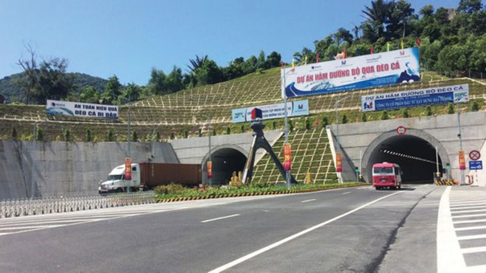 Sớm đưa hầm Hải Vân 2 vào khai thác, giảm tải cho Hải Vân 1 dịp Tết