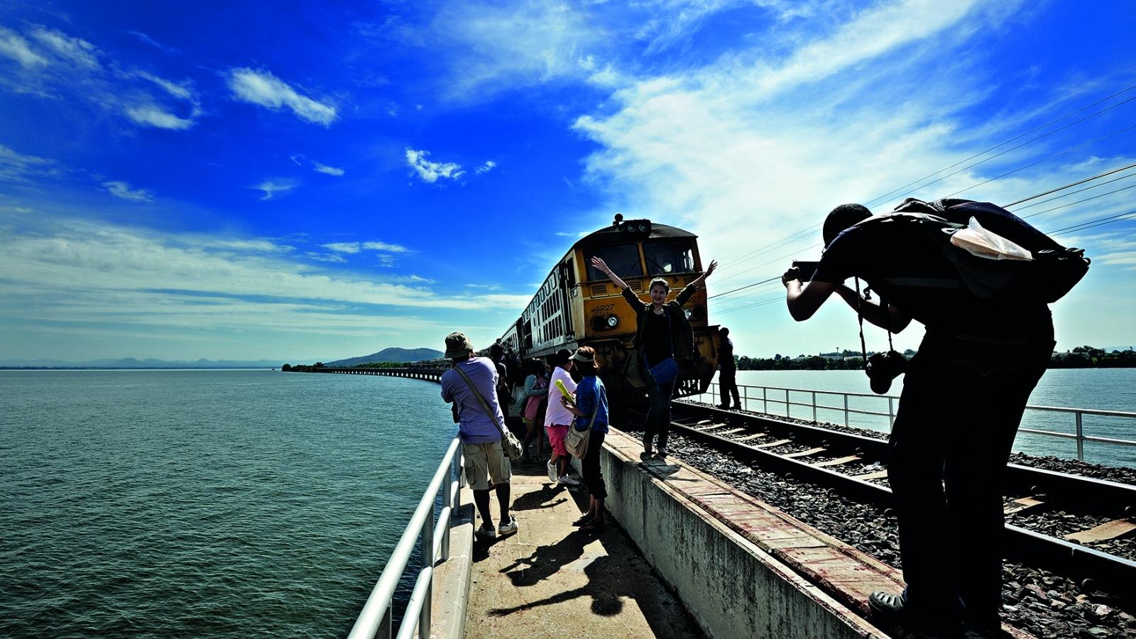 """Thái Lan mở tour du lịch """"tìm người yêu"""""""