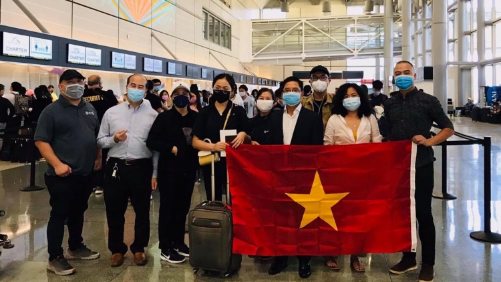 350 công dân Việt Nam lên chuyến bay cuối cùng của năm 2020 từ Mỹ về nước