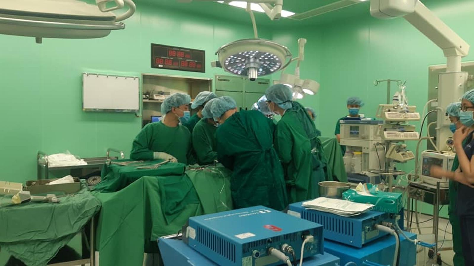 Bộ trưởng Y tế khen ngợi ca hiến-ghép vận chuyển đa tạng tại Vũng Tàu