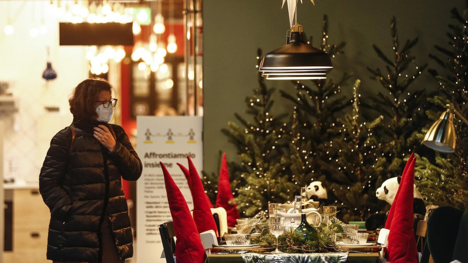 Thế giới đón Giáng sinh theo cách riêng trong mùa Covid-19