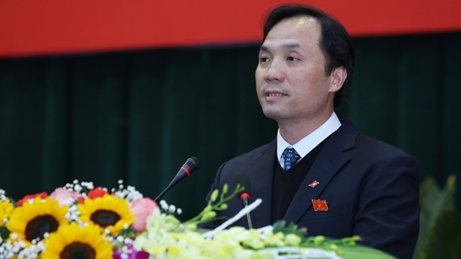 Tân Bí thư Tỉnh ủy được bầu giữ chức Chủ tịch HĐND tỉnh Hà Tĩnh