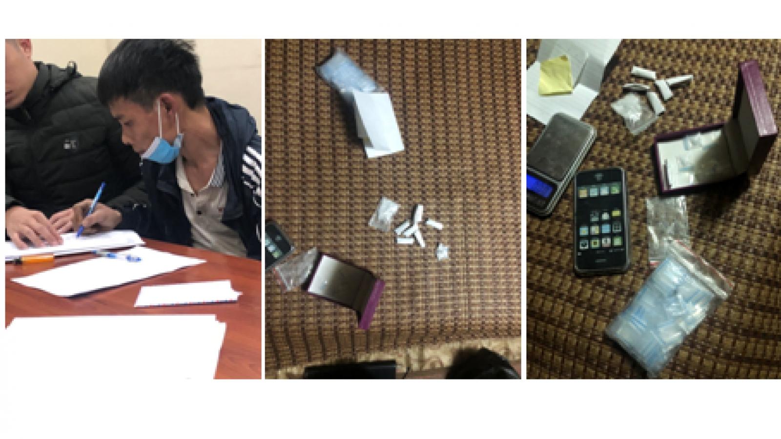 Bắt quả tang đối tượng bán ma túy ở Hải Phòng