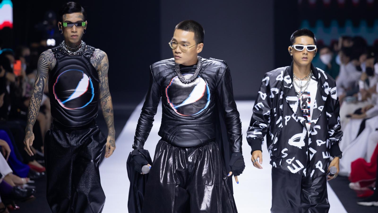 Wowy, Dế Choắt và Lăng LD làm bùng nổ sàn catwalk khi diễn thời trang