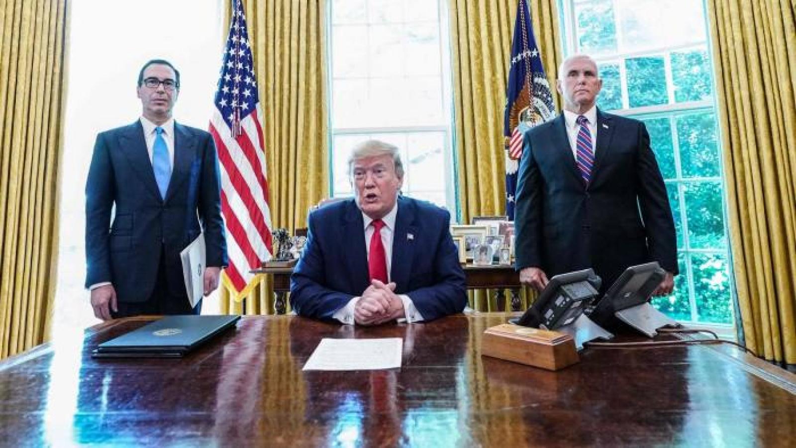 """Sắp mãn nhiệm, chính quyền Trump tận dụng tối đa lá bài """"trừng phạt"""""""