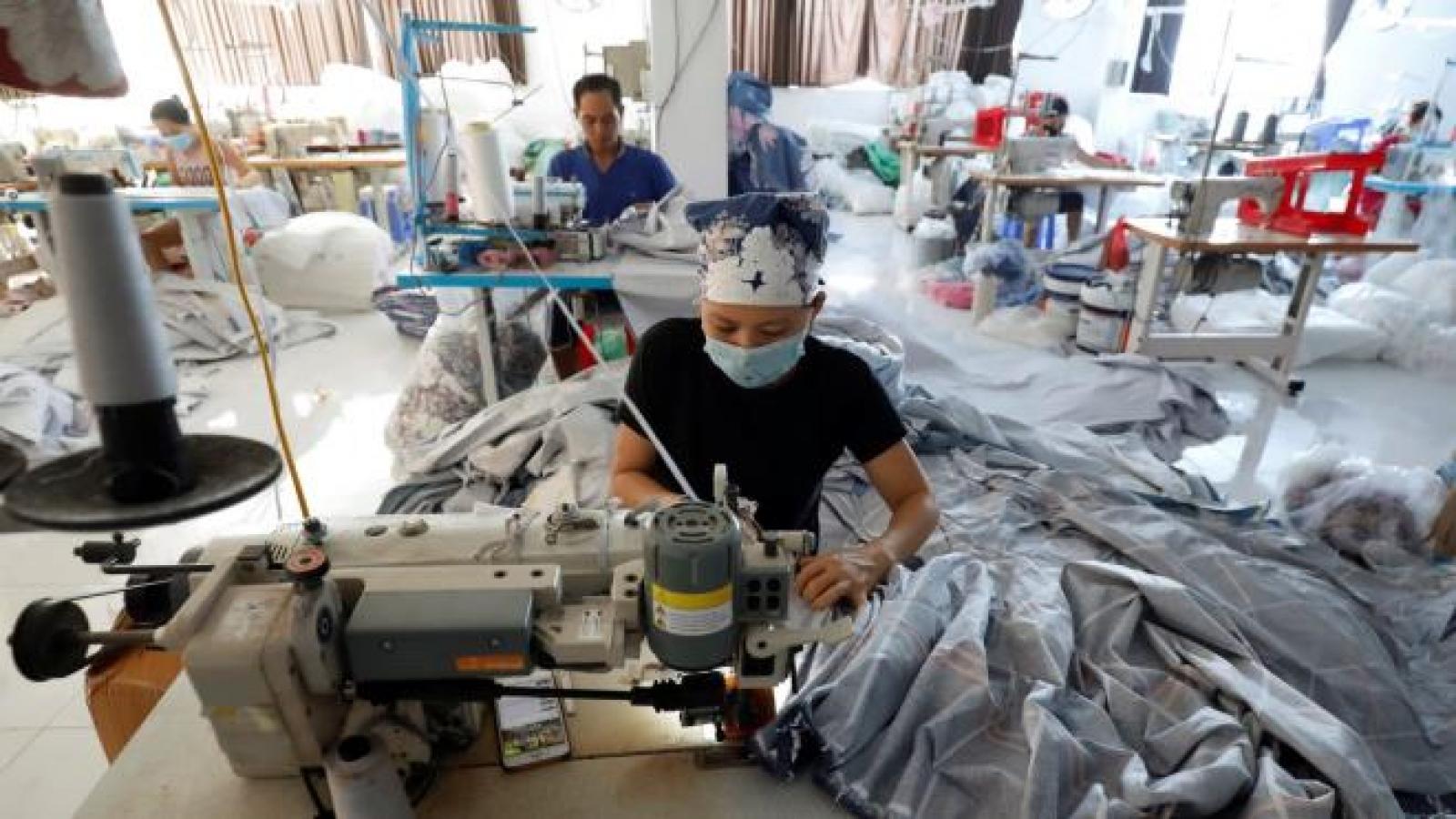 Kinh tế Việt Nam hồi phục mạnh nhất Đông Nam Á trong năm 2021