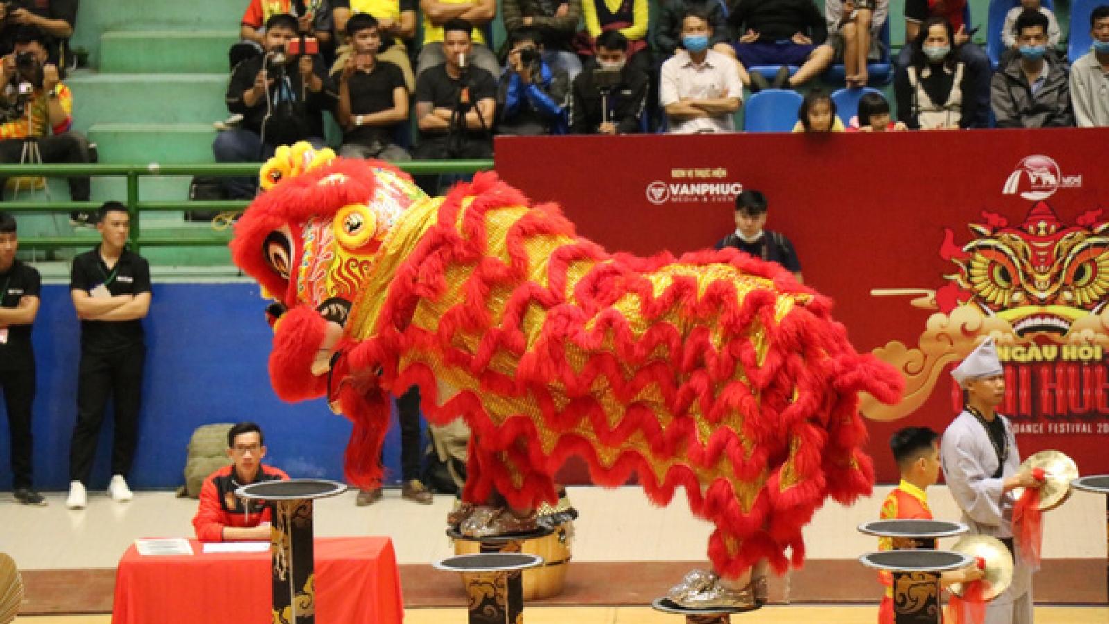 Lion Dance Festival 2020 excites crowds in Thua Thien-Hue province