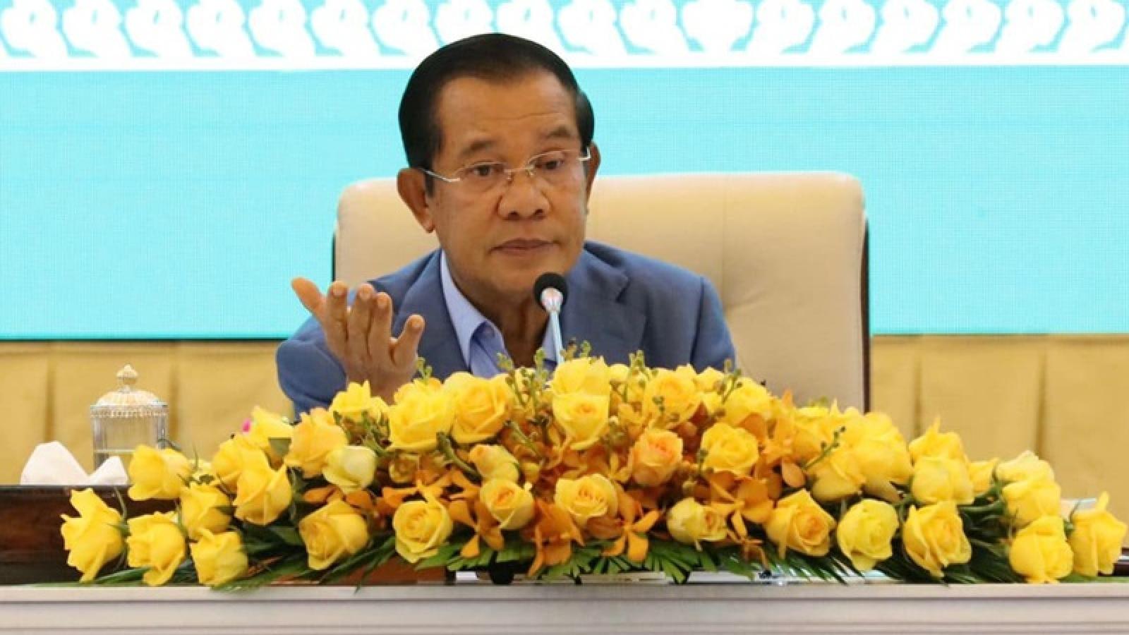Thủ tướng Campuchia cho phép tất cả học sinh lớp 12 tốt nghiệp không cần qua kỳ thi