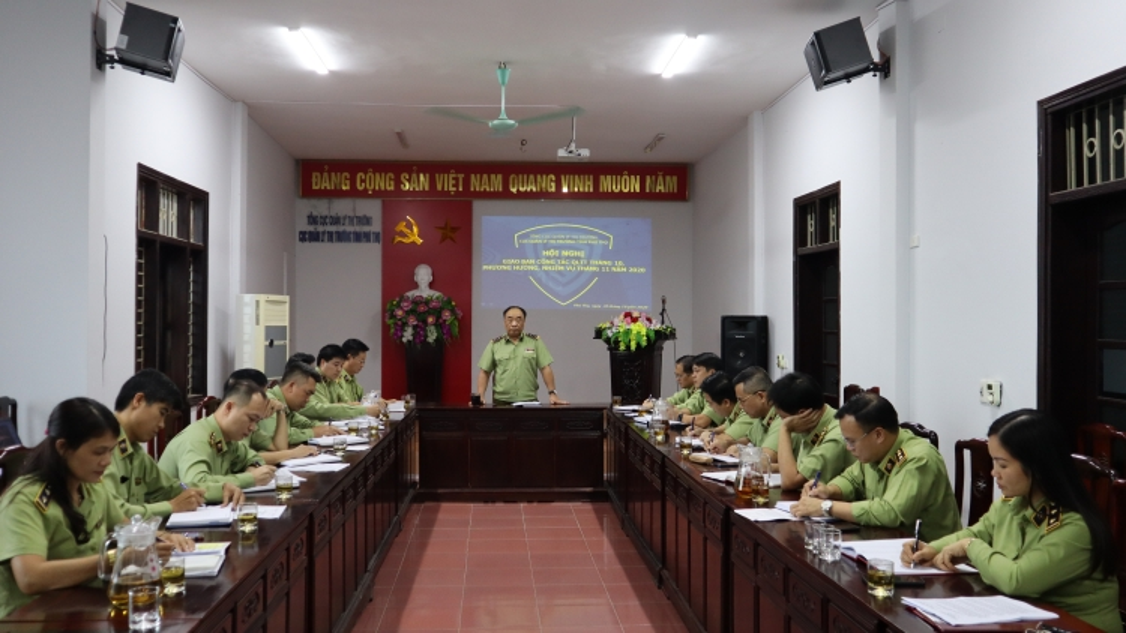 Đình chỉ công tác 4 công chức Quản lý thị trường Phú Thọ