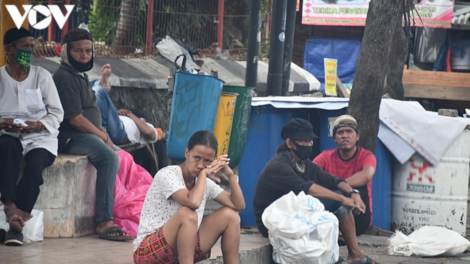 """Indonesia - """"Ổ dịch"""" Covid-19 của Đông Nam Á lao đao trong năm 2020"""