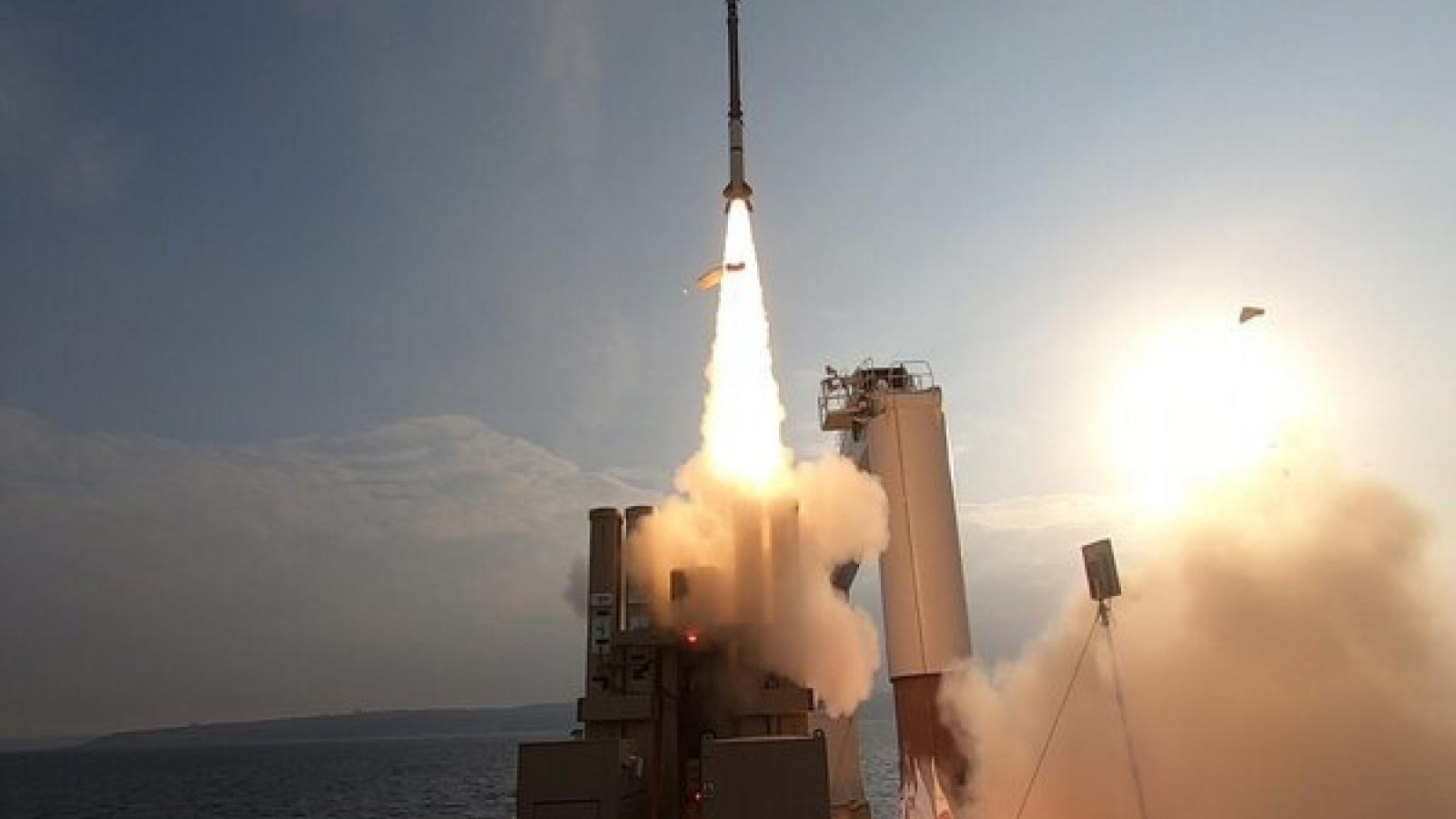 Israel thử nghiệm thành công hệ thống phòng thủ tên lửa trên biển